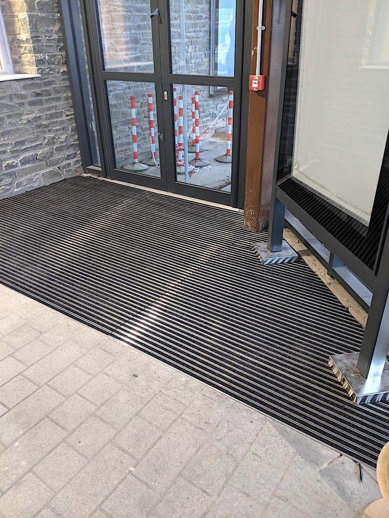 Mat.Works Entrance Solutions   Frameworks 17OP   Merthyr Tydfil Bus Station