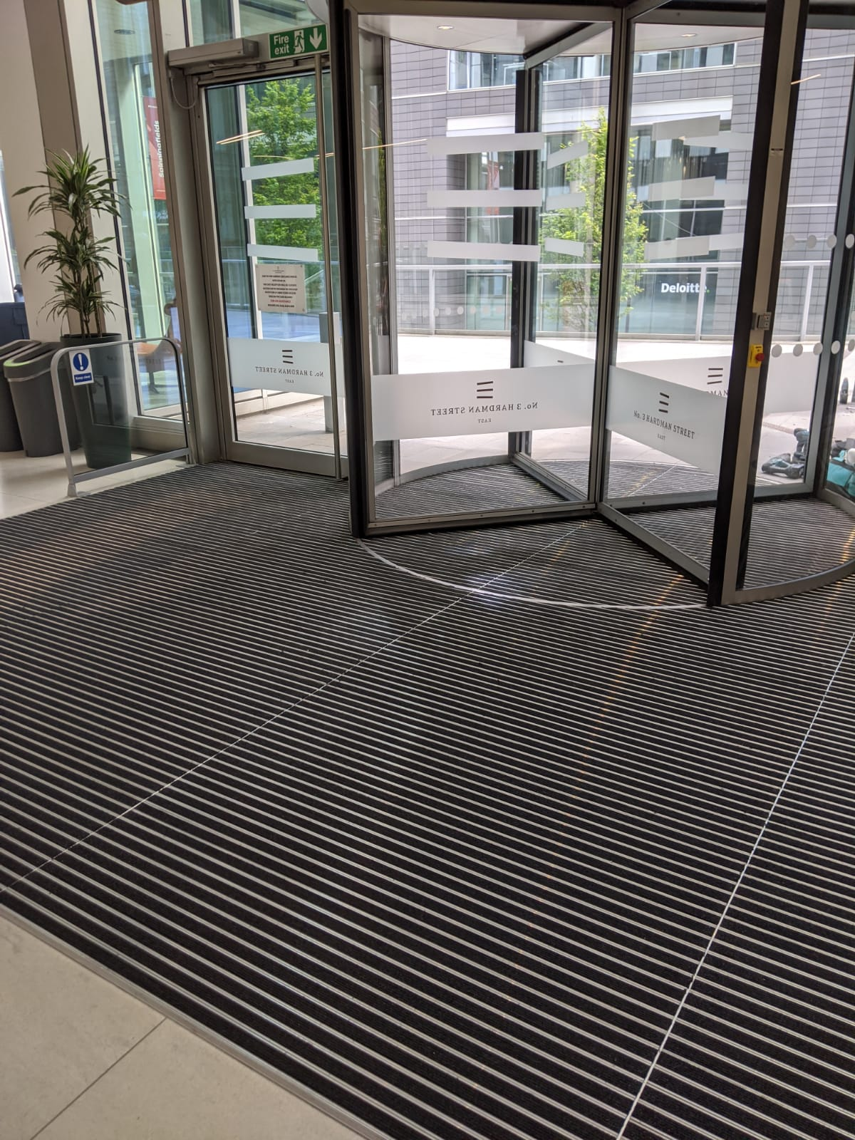 MatWorks | Frameworks 17C | Entrance Solutions | Aluminium Entrance Matting (2)
