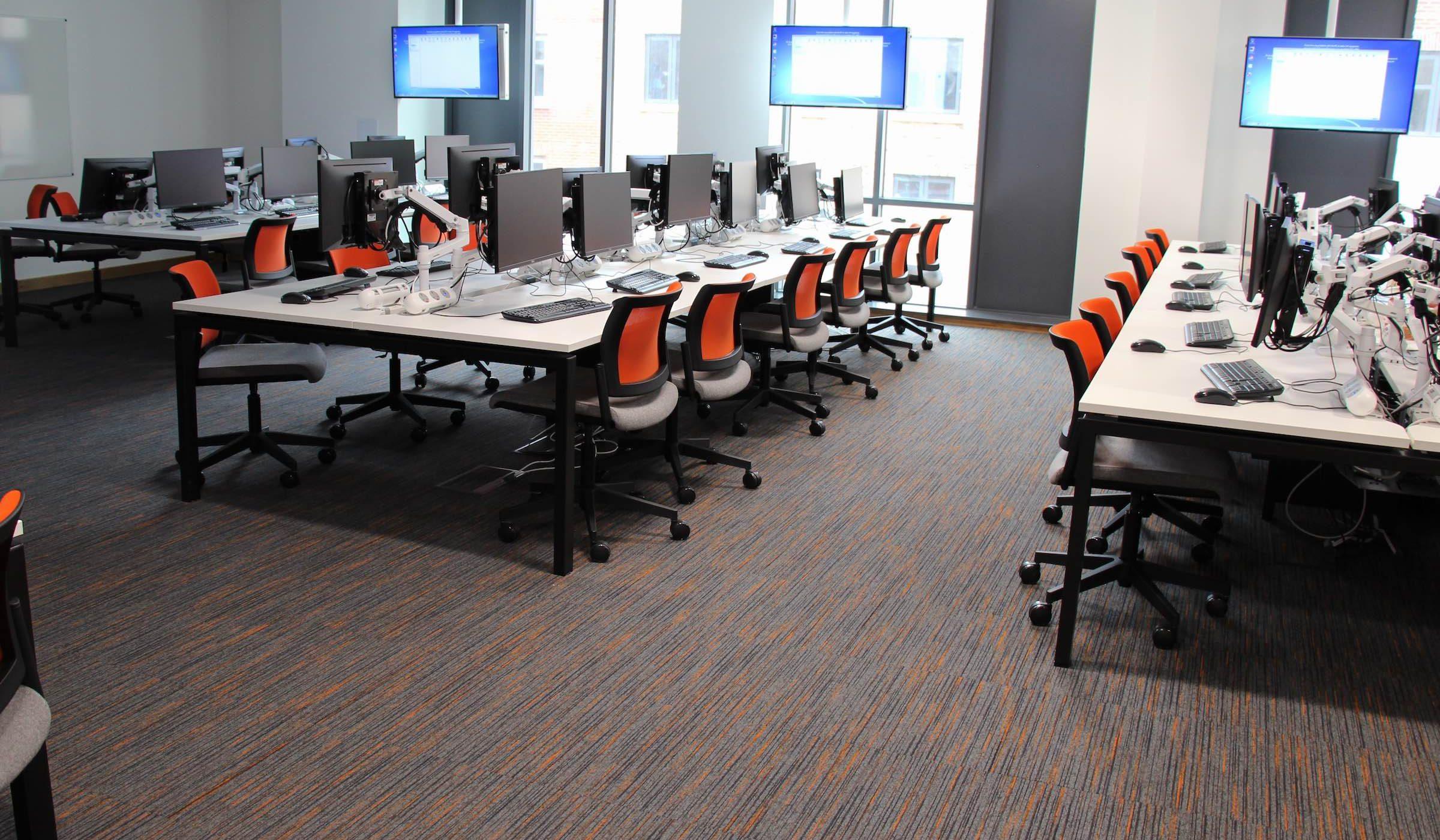 Strobe | Paragon Carpet Tiles | Commercial Carpet Tiles | Design Carpet Tiles 3